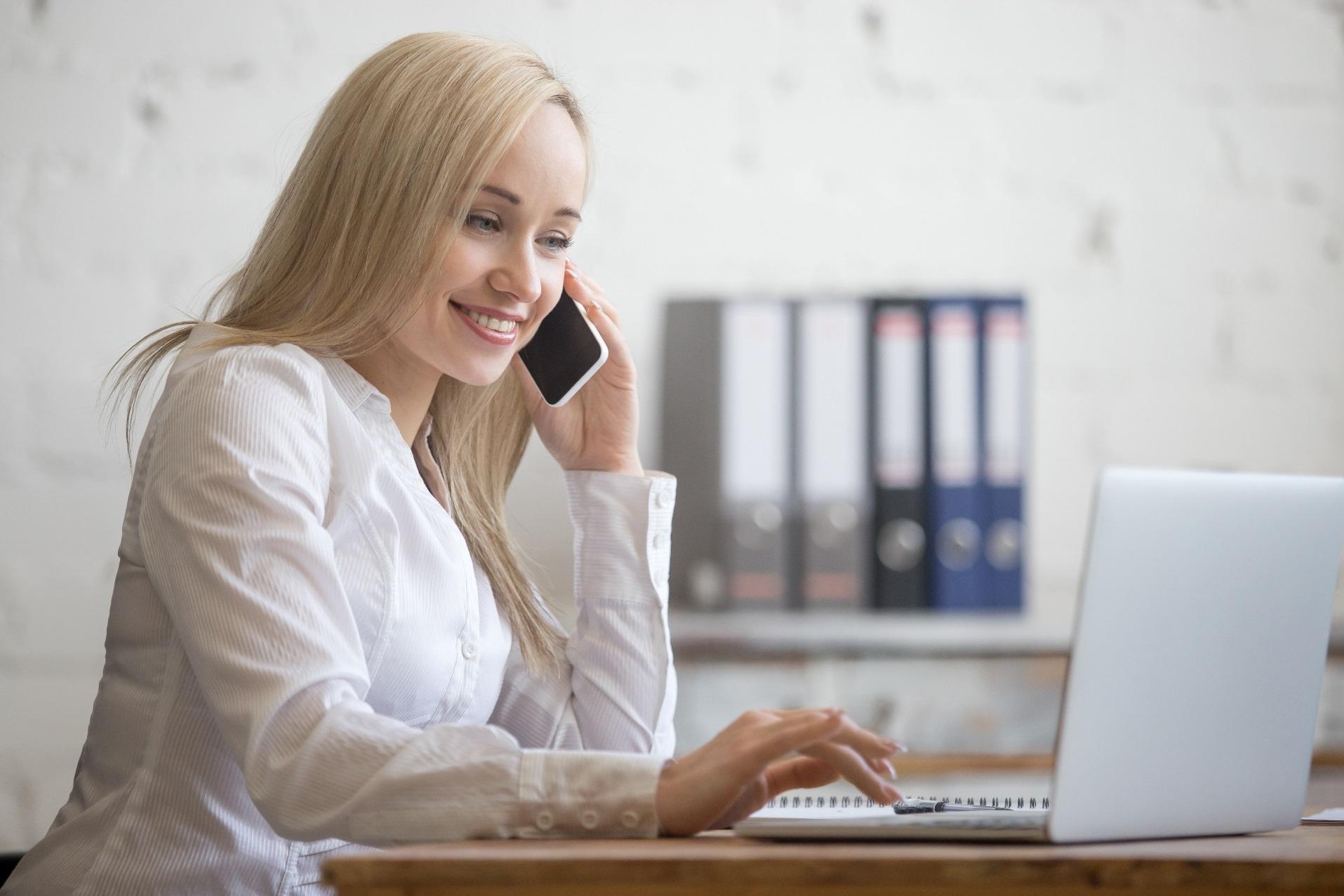 Drabužiai internetu – apsipirkinėjimo profesionalai
